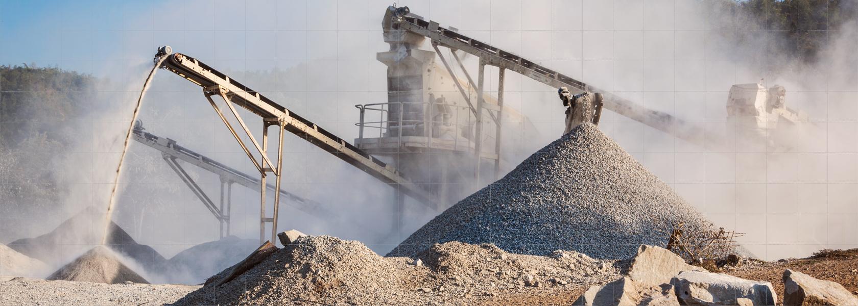 Sliderbild Startseite Haldenerfassung - industrieller Gesteinsbrecher